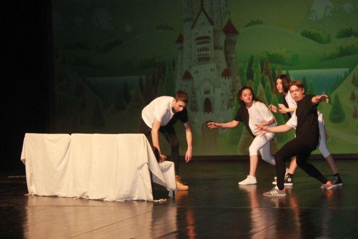'Hamlet u pikantnom umaku' pobjednik 9. Smotre kazališnih amatera županije