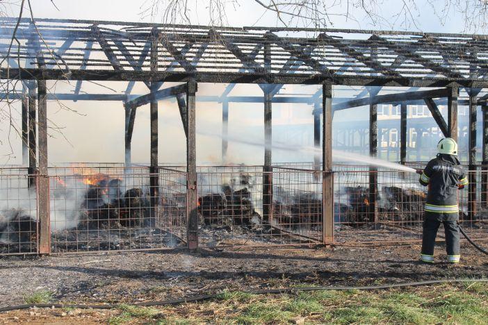 Požar na poljoprivrednom gospodarstvu Srednje škole 'Matija Antun Reljković' - podmetnut?