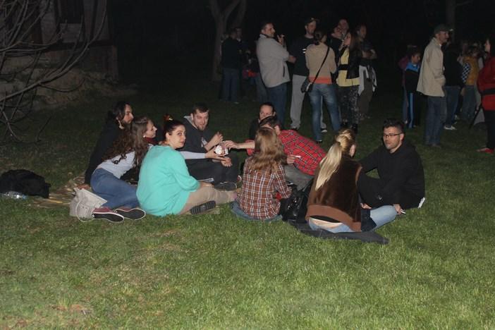 Rekordan broj Brođana na Brlićevcu uživao u paprenjacima i gledanju zvijezda
