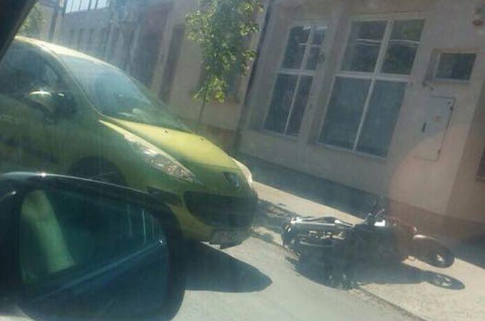 U prometnoj nezgodi u Zrinskoj ulici sudjelovao motociklist