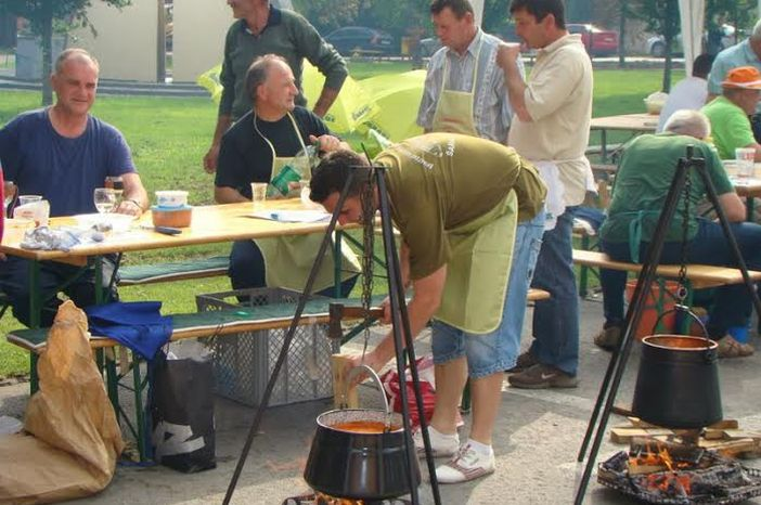 ORIOVITA 2015.: Dođite u Oriovac na smotru vina, sajam OPG-a, fišijadu…