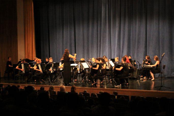 Koncert Brodskog harmonikaškog orkestra 'Bela pl. Panthy'