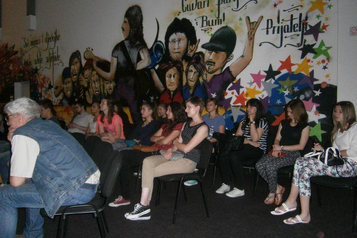 Predavanje udruge 'Kameleon i mreža' u Centru mladih
