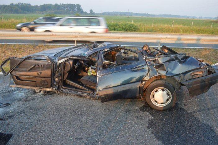 U teškoj prometnoj nezgodi na autocesti stradalo dvanaest osoba, četvero teško ozlijeđenih