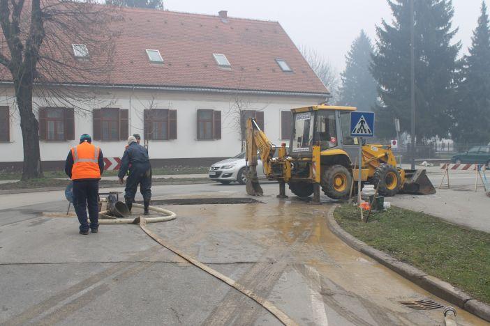 Zatvoren trak Krešimirove ulice kod Male crkve
