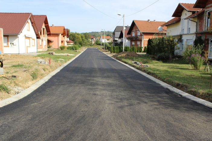 Nastavlja se Izgradnja cesta na području grada; asfaltirana Orahova ulica