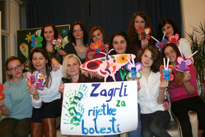 Kampanja 'Zagrli za rijetke bolesti' i u Slavonskom Brodu