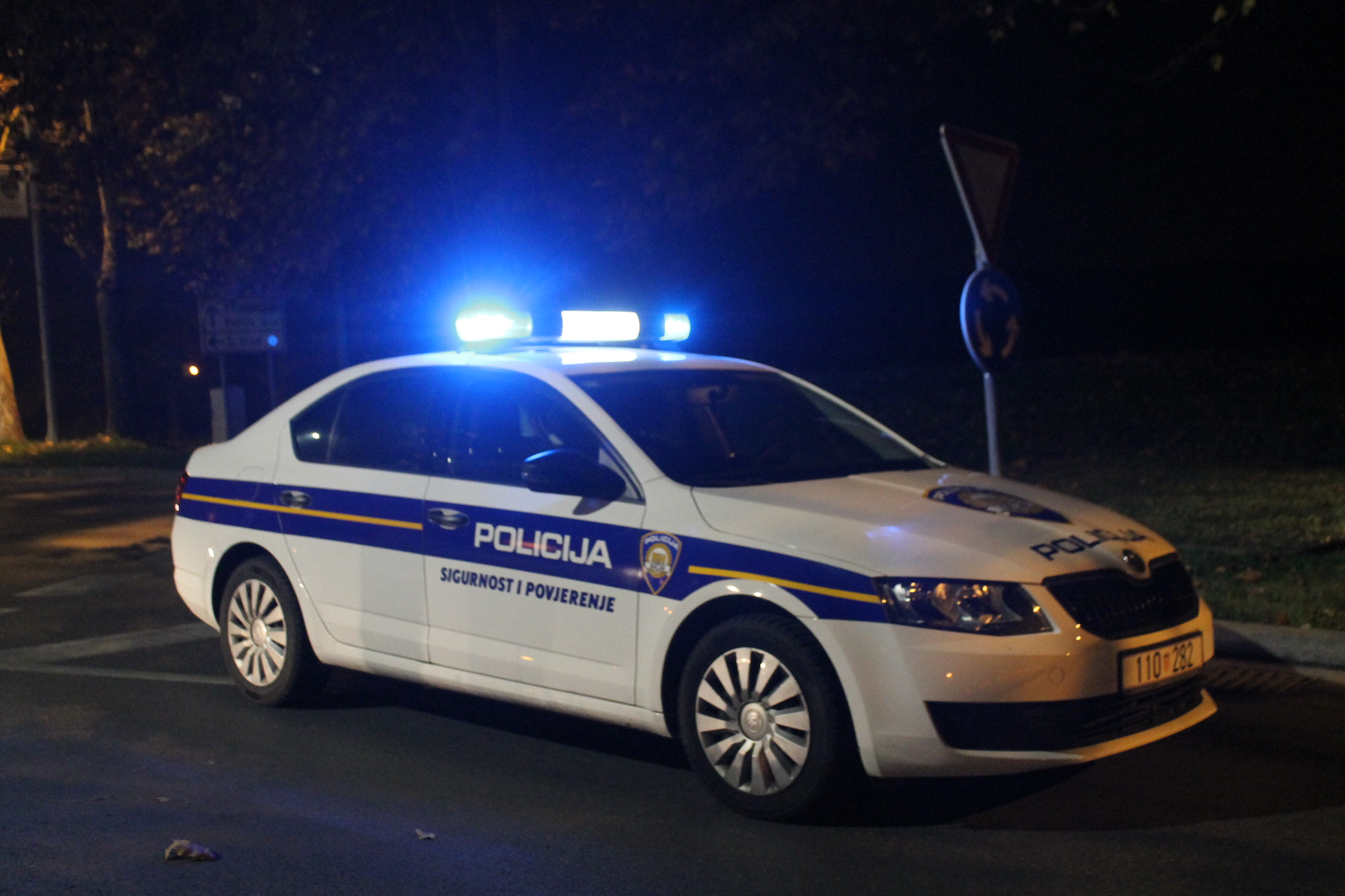 U prometnoj nesreći smrtno stradala 43-godišnja vozačica