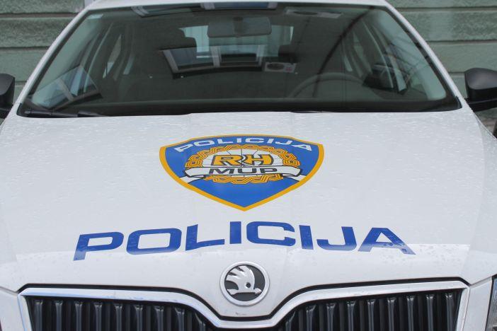 Policija tijekom akcije 'Mobitel i pojas' uhvatila u prekršaju 16 vozača