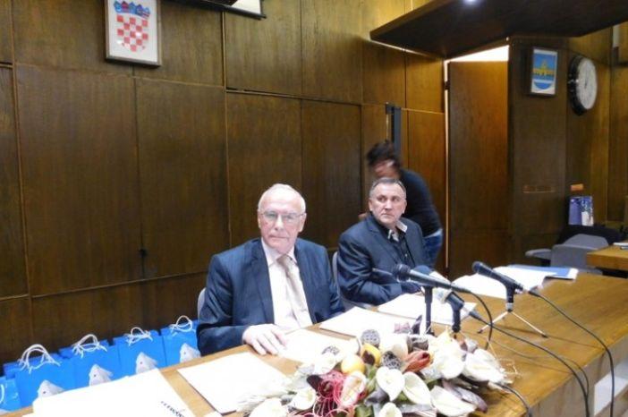 Slijede izvanredni izbori za gradonačelnika i Gradsko vijeće