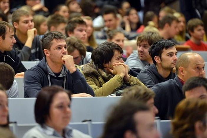 Otvoren natječaj za državne stipendije u visini od 1200 kuna