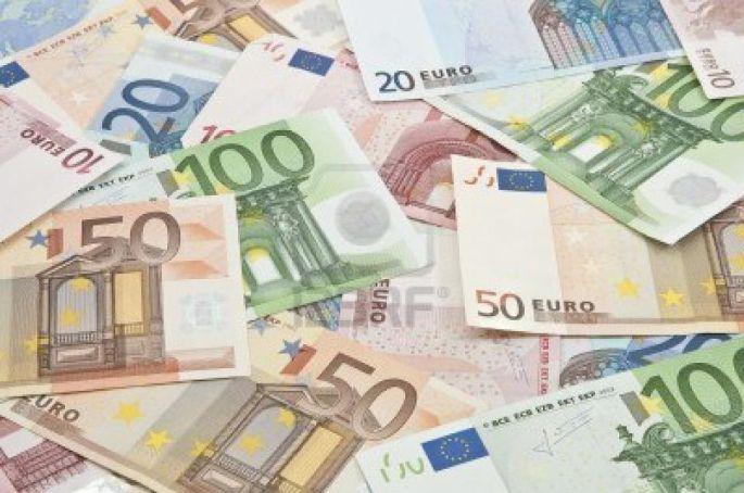 Prevaranti lažnim pozivima iz konzulata traže novac za pomoć rodbini u inozemstvu