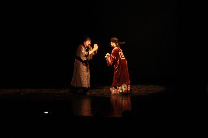 Plesna predstave 'Slavuj'