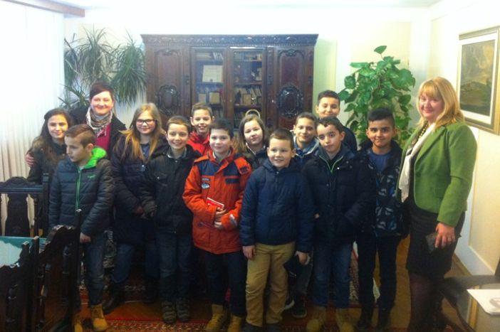 U sklopu terenske nastave: učenici OŠ 'Hugo Badalić' posjetili županiju