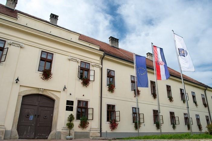 Županijski sud potvrdio presudu Općinskog suda: Grad Slavonski Brod obranio svoju vrijednu imovinu na Korčuli