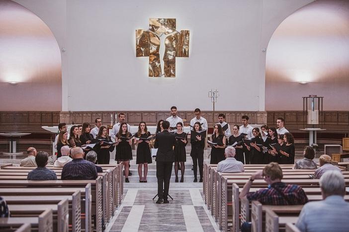 Akademski zbor Bazilike Srca Isusova 𝘗𝘈𝘓𝘔𝘈