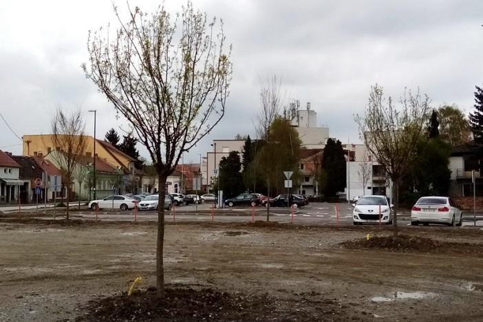 Započelo hortikulturno uređenje parka u Ulici Josipa Jurja Strossmayera
