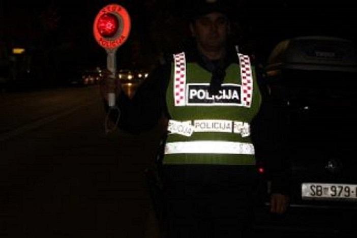 ZABRINJAVAJUĆI PODATAK - Našim cestama svaki dan juri više od 100 pijanih vozača