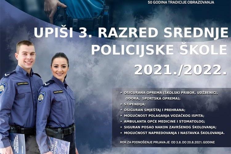 Povratak srednje škole za policajce