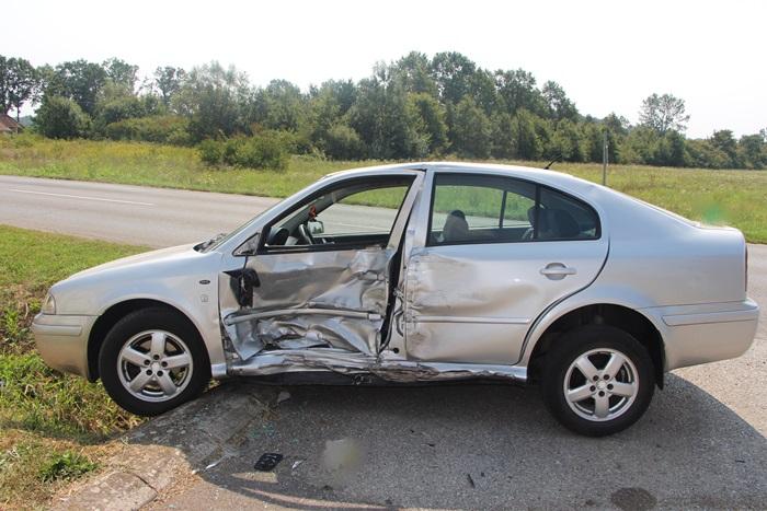 Teško ozlijeđena osoba u prometnoj nesreći