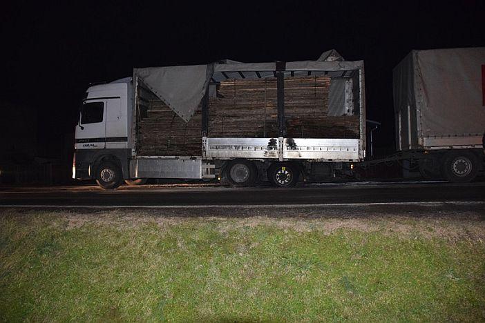 U Slavonskom Šamcu gorio kamion