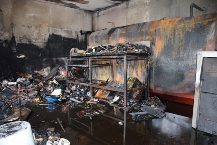 Požar u dvorišnoj zgradi