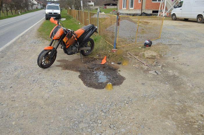 Teško ozlijeđen motociklist u Krajačićima