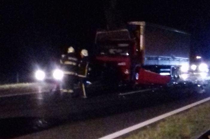 U samo nekoliko sati dvije teške prometne nesreće: Dvije osobe poginule, najmanje 7 ozlijeđeno