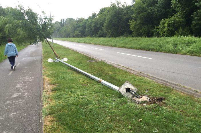 """Brzina """"kumovala"""" prometnoj nesreći na cesti prema Poloju"""