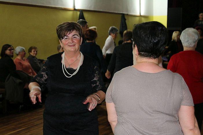 Održana još jedna plesna večer za umirovljenike