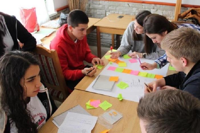Mladi iz šest zemalja u projektu 'Čekaj da razmislim'
