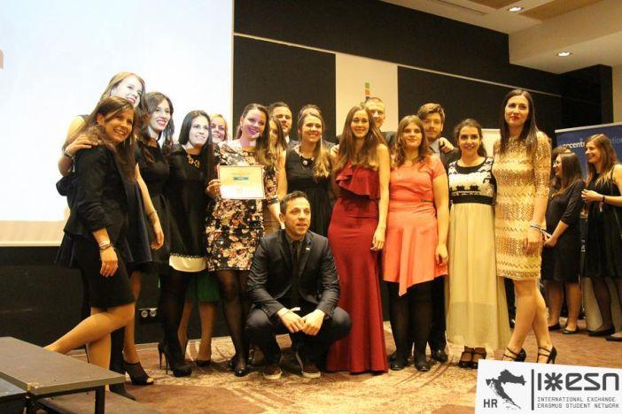 Brođanke na najvećoj studentskoj konferenciji u Europi