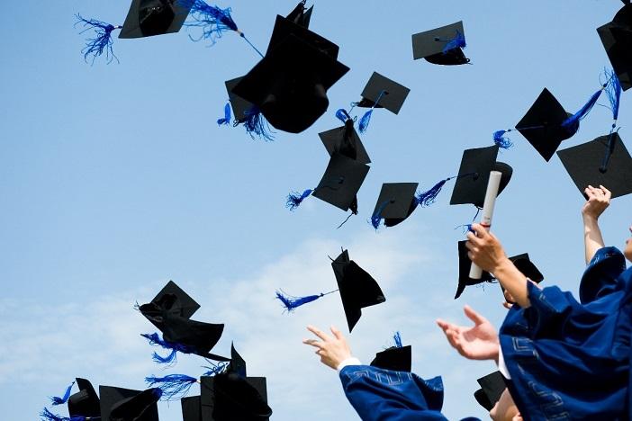 Ministarstvo otvorilo novi krug dodjele državne stipendije od 10.800 kuna