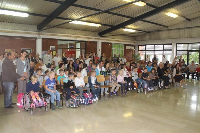 U brodskim osnovnim školama 55 prvašića više nego prošle godine