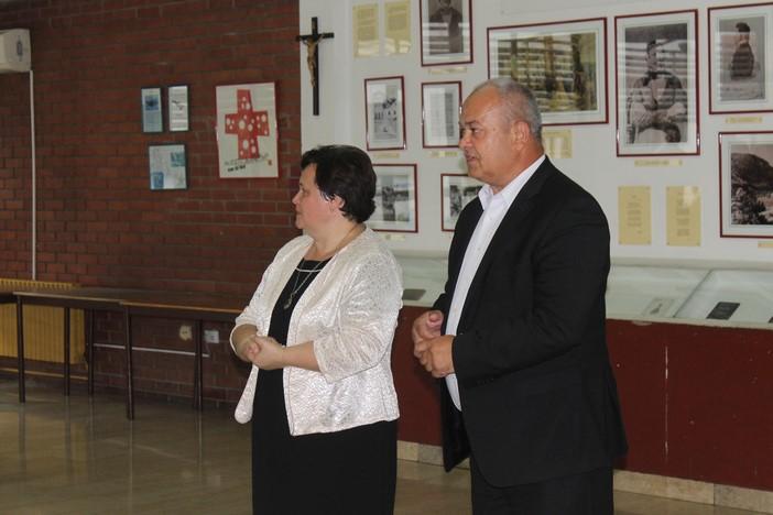 Grad Slavonski Brod s 9 gradskih osnovnih škola provodi projekt 'Lunch Box'
