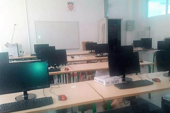 Učenici u Podcrkavlju od ponedjeljka će nastavu pohađati u novoizgrađenoj školskoj zgradi