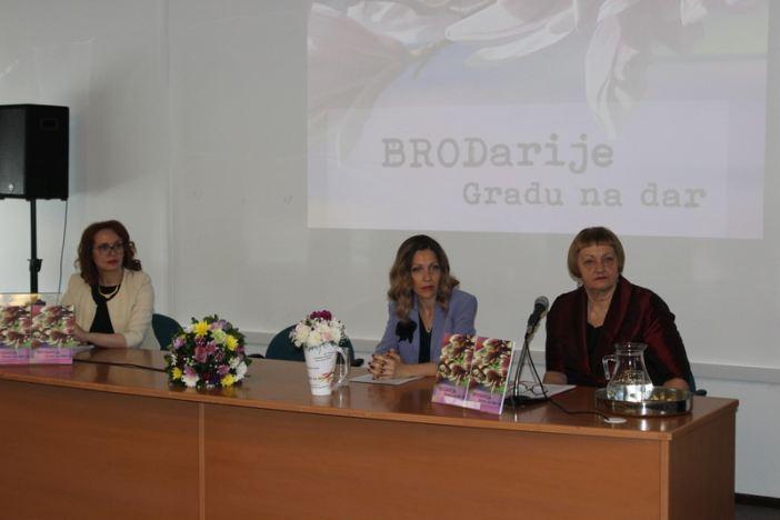 Održana promocija knjige BRODarije Gradu na dar