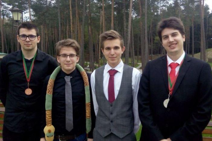 Odličan rezultat četiri maturanta na kemijskoj Olimpijadi u Bjelorusiji