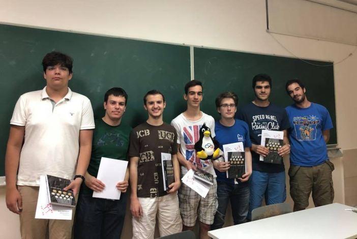 Brodski gimnazijalac Borna Šimić bit će član hrvatskog tima na Matematičkoj olompijadi