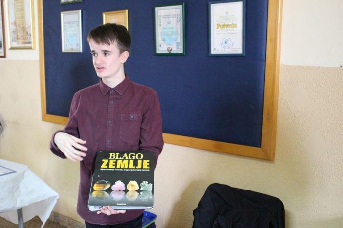 Matej Plavac- izvanredan učenik neobičnog hobija