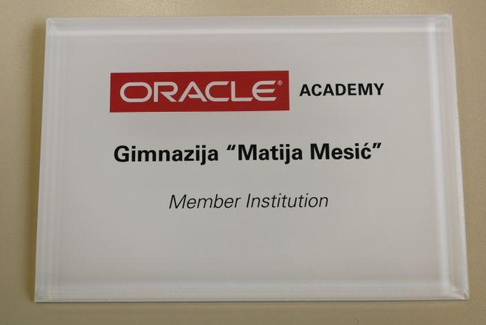 """Gimnazija """"Matija Mesić"""" postala je članica Oracle akademije!"""