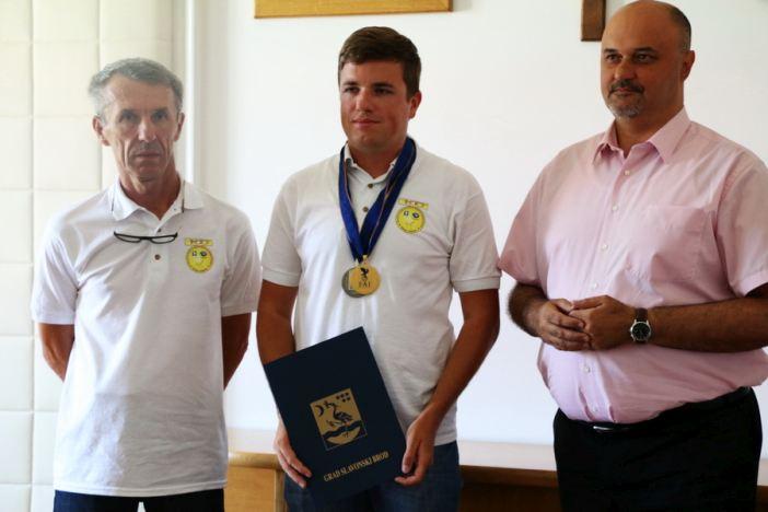 Održan prijem za svjetskog prvaka Arijana Hucaljuka