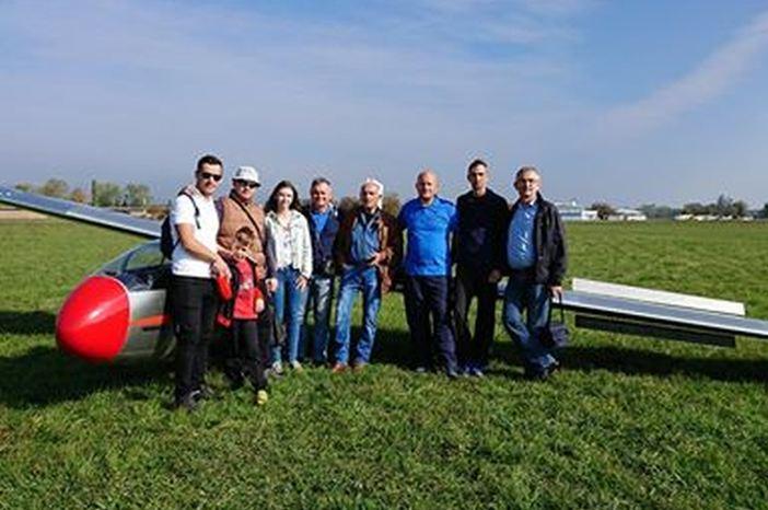 Brodski jedriličari ekipni pobjednici u preciznom sletanju na Blanik kupu u Zagrebu