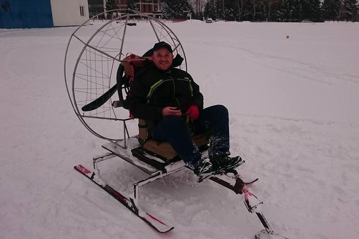 Zimske igre na na aerodromu na Jelasu