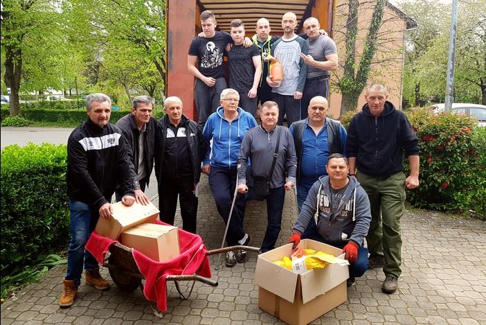 """Brođani prikupili tri tone humanitarne pomoći u akciji """"Vukovar živi 365"""""""