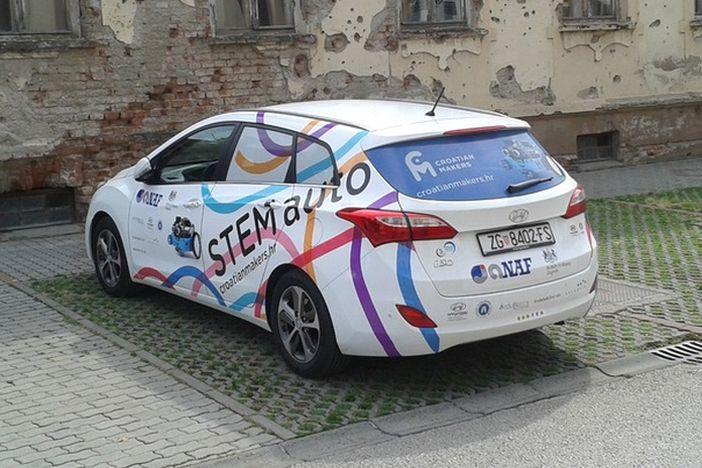 Besplatna radionica digitalne pismenosti, programiranja i robotike, a dolazi i STEMauto