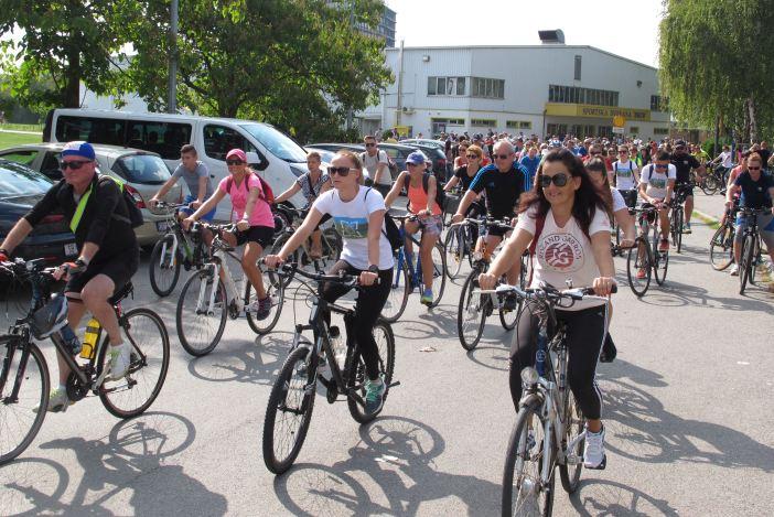Preko 300 sudionika na biciklijadi Mali Pariz - Klakar