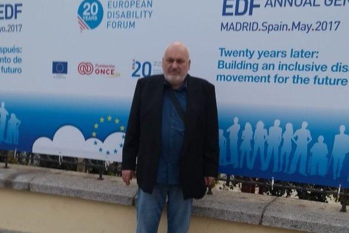 Izgradnja inkluzivnog pokreta za osobe s invaliditetom za budućnost