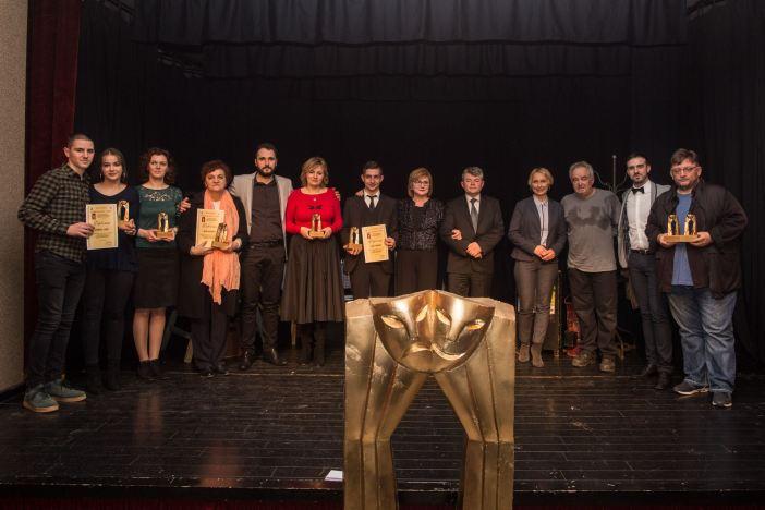 Maturanti najbolja predstava prema ocjenama na 30.jubilarnoj Smotru kazališnog stvaralaštva u Retkovcima!