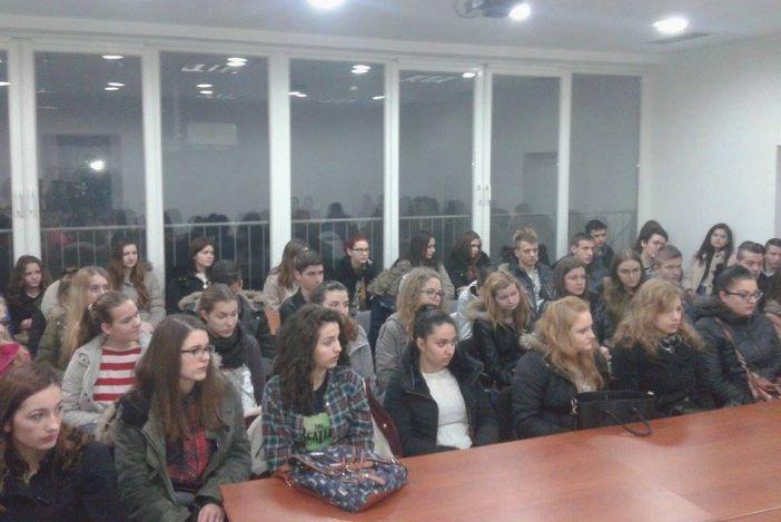 I ove godine Savjet mladih Grada Slavonskog Broda organizira besplatne pripreme za Državnu maturu